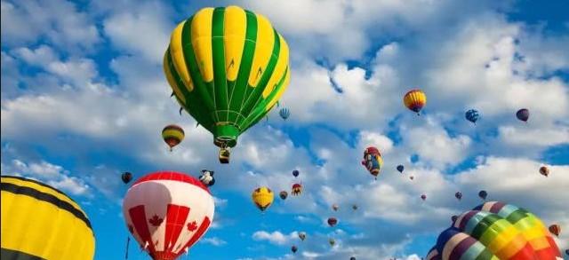加拿大 聖讓河畔黎塞留國際熱氣球節