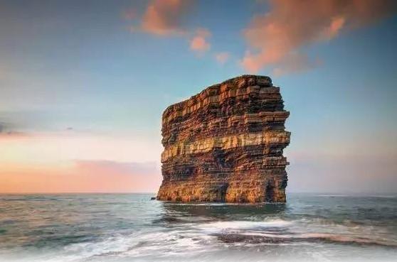 爱尔兰蛋糕一样的岩石