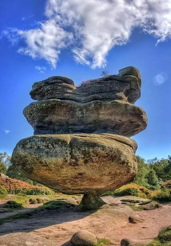 """于英格兰北约克郡""""偶像石"""""""