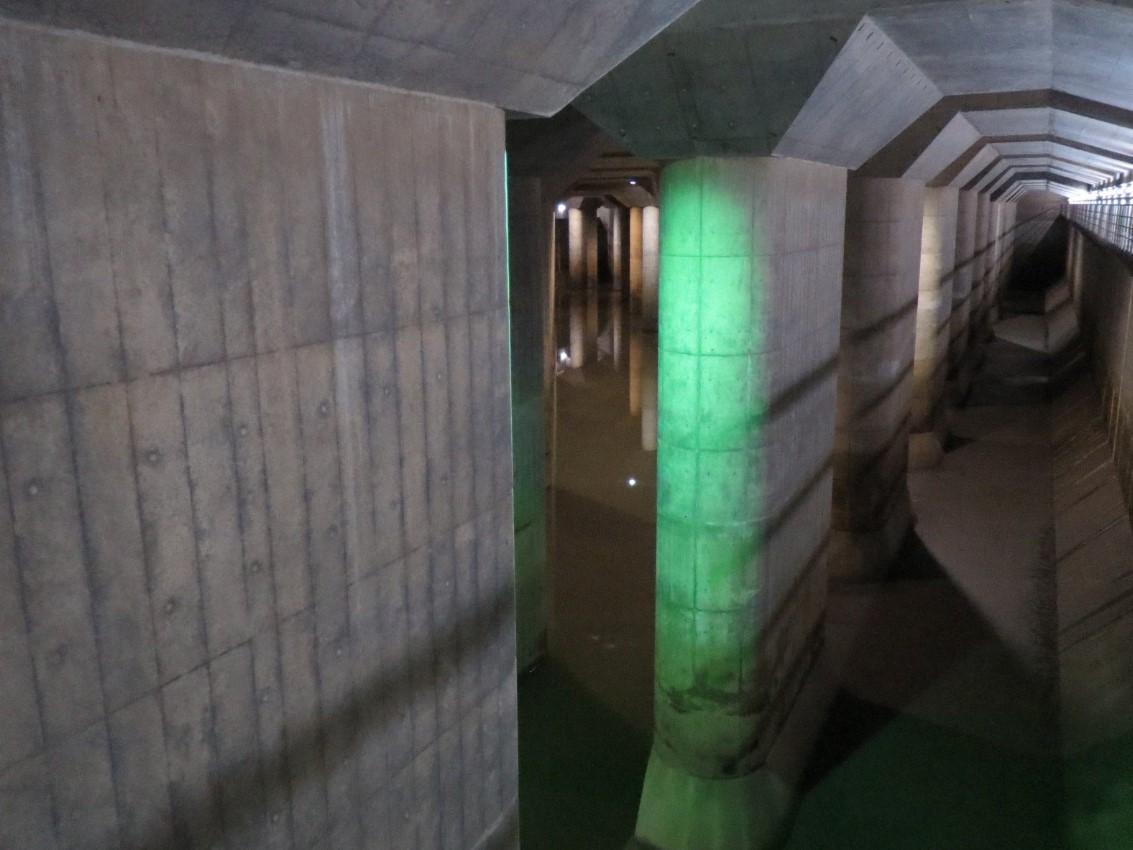 日本地下神殿