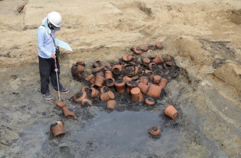 首次大规模出土,大阪,江户时期,梅田墓