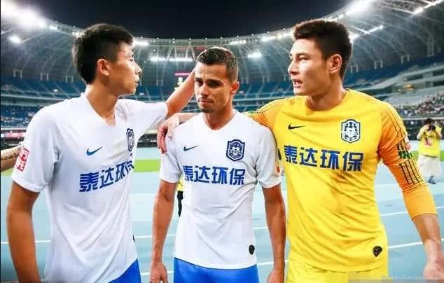 武汉卓尔VS天津泰达
