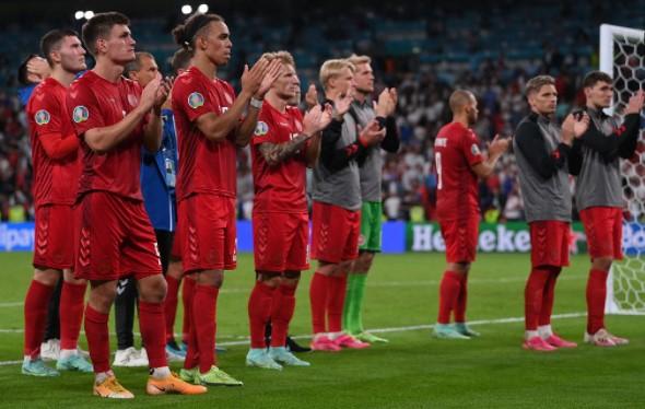 英格兰2-1丹麦进决赛
